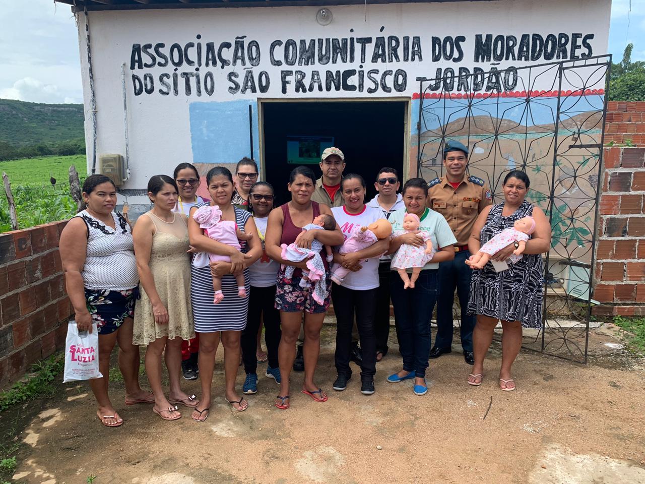 1ªCia/3ºBBM desenvolve projeto: Mamãe que Salva