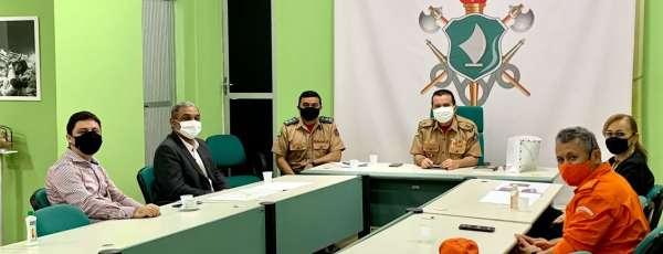 Corpo de Bombeiros do Ceará e Correios estabelecem parceria institucional