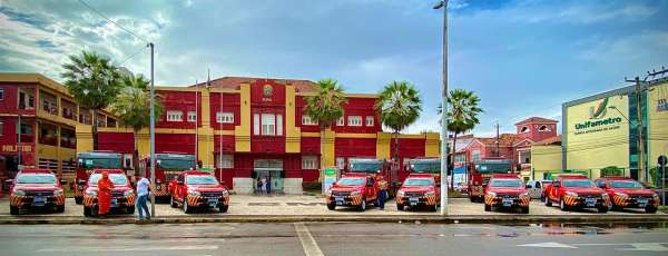 Corpo de Bombeiros recebe do Governo do Ceará 137 equipamentos e viaturas