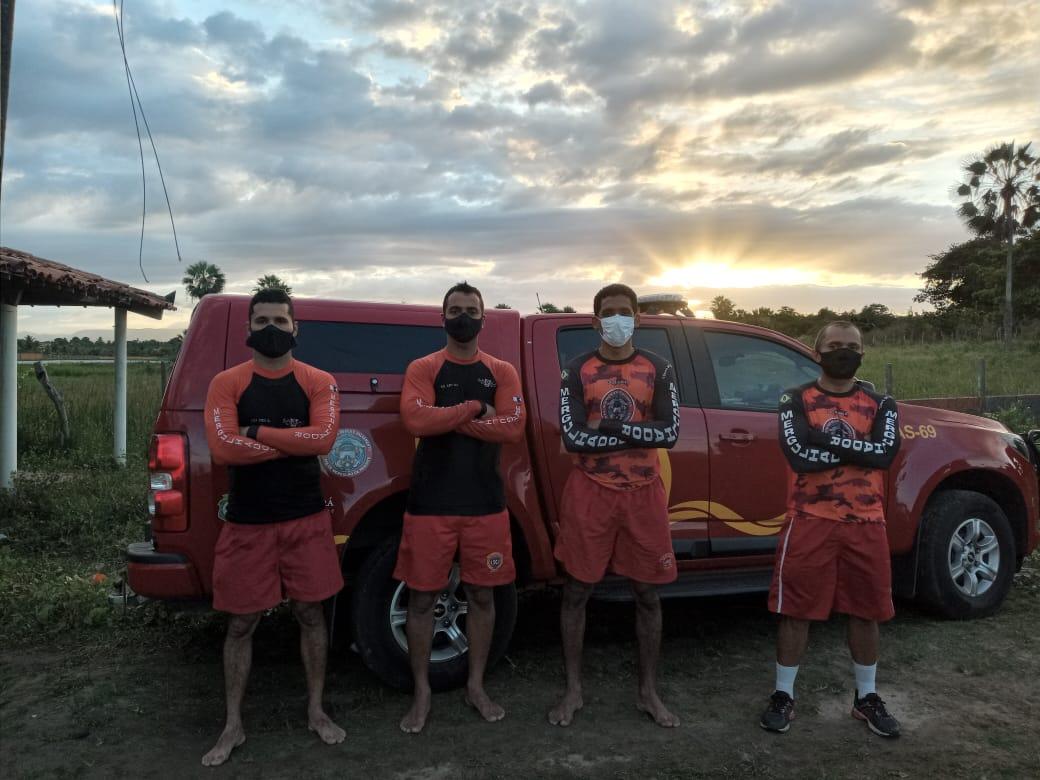 Mergulhadores do Corpo de Bombeiros resgatam vítima de afogamento fatal em lagoa do Eusébio