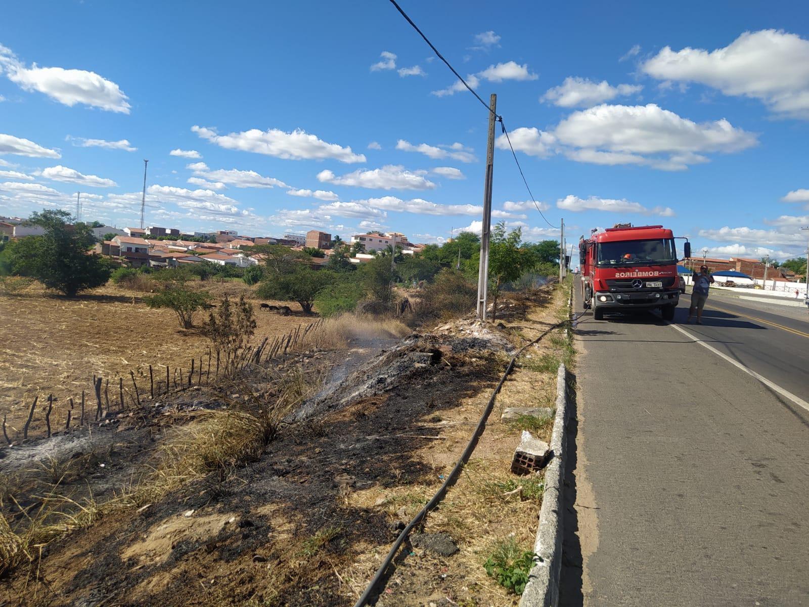 Corpo de Bombeiros orienta os cuidados ao dirigir sob a fumaça de queimadas