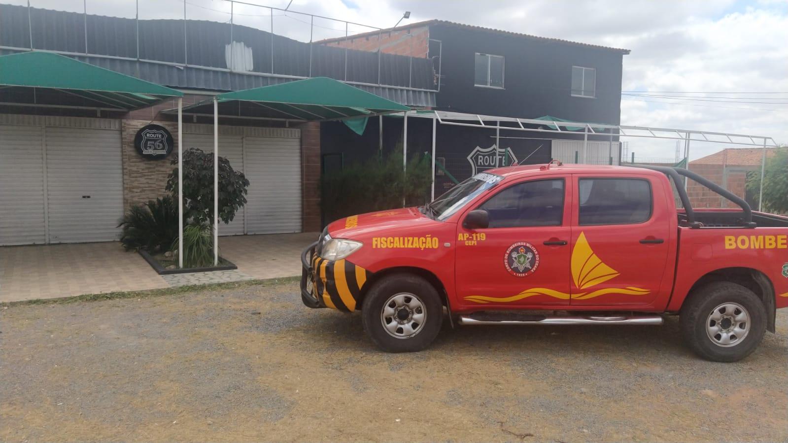 Comando de Engenharia e Prevenção de Incêndios fiscaliza locais de reunião de público na AIS 14